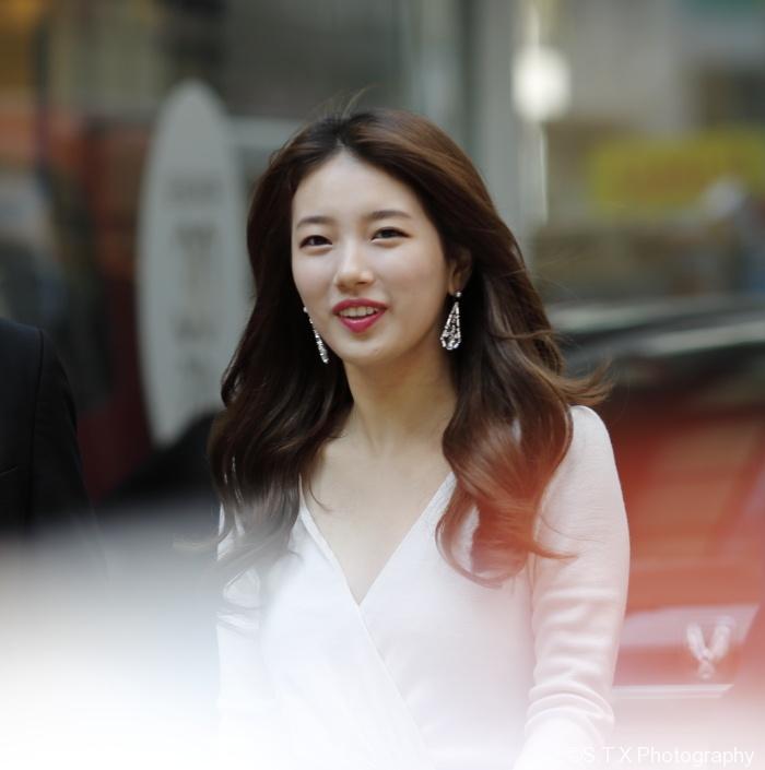 韩国女团miss A成员秀智明洞签名会