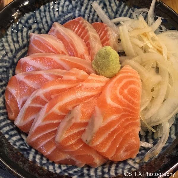 三文鱼盖饭