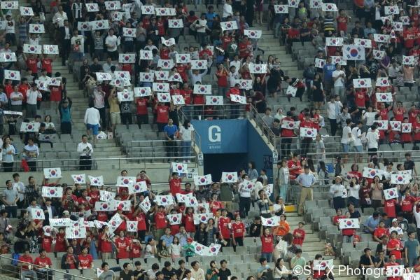 中国VS韩国,韩国球迷,红魔