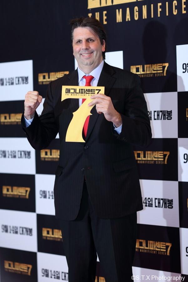 马克·李柏特(Mark Lippert)