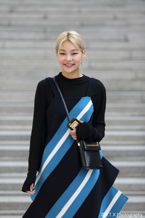 飘在思密达、韩国时尚街拍、宋海娜