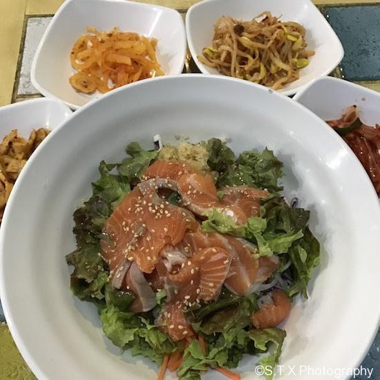 三文鱼生鱼片盖饭