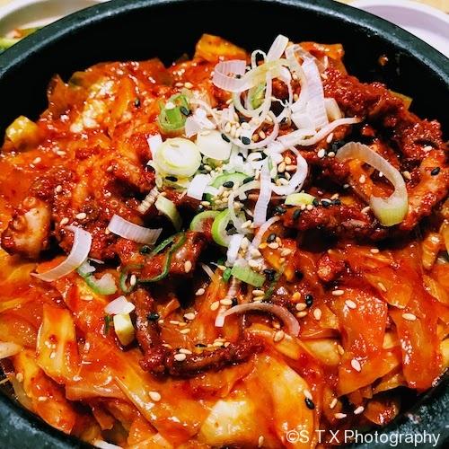 辣味石锅章鱼盖饭