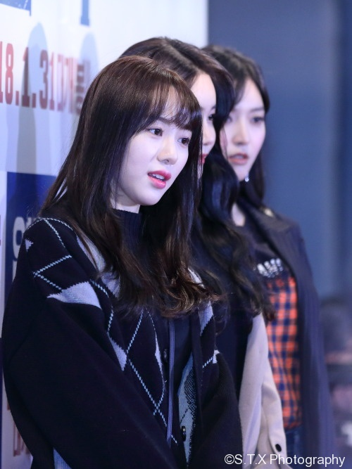 AOA、珉娥、惠晶、澯美
