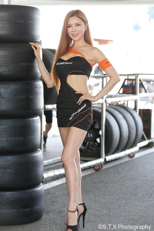 安智雅、韩国美女车模