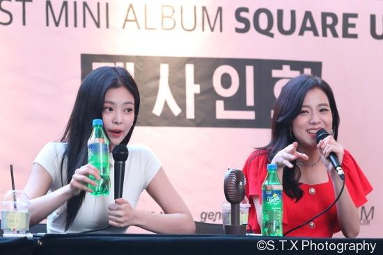 Jennie、Jisoo
