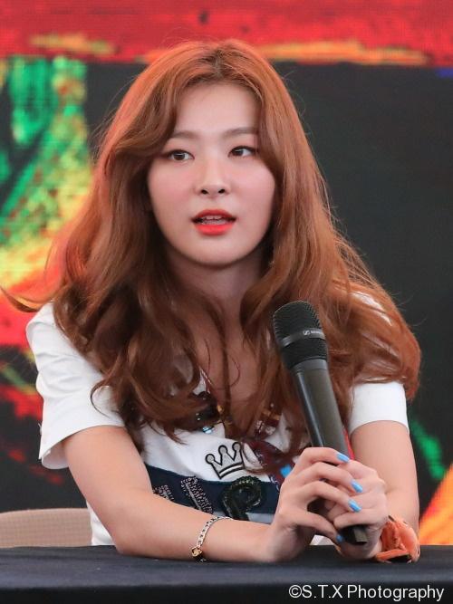 SEULGI、Red Velvet、飘在思密达、Power Up